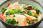 Thai Green Curry with Chicken, Broccoli, and Mushrooms
