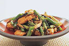 Stir-Fried Chicken and Zucchini in Ginger Sauce